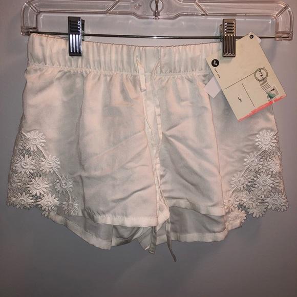 Roxy Pants - Roxy Flow Shorts